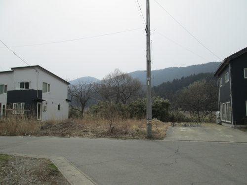 三瀬字堅田84番土地